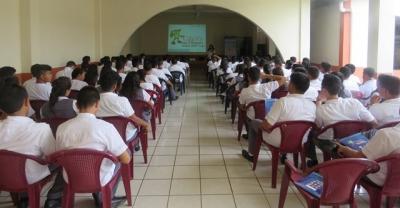 Charla a estudiantes de Centro Escolar Católico Nuestra Señora de Candelaria