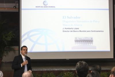 Dr. Humbero López, Director del Banco Mundial para Centroamérica