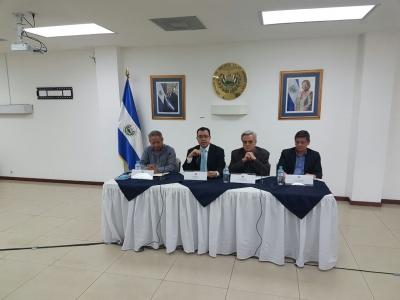 UCA y COLPROCE solicitan información sobre nacionalización de la banca