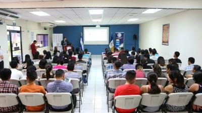 BCR imparte conferencia Conociendo los Sistemas de Cuentas Nacioanles