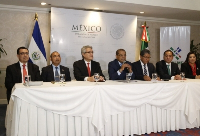 Presidente BCR acompaña en conferencia de prensa al Vicepresidente de la República con CASALMEX