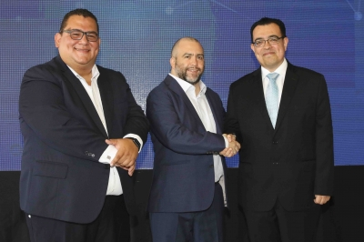 Presidente del BCR participa en lanzamiento de primera sociedad proveedora de dinero electrónico autorizada