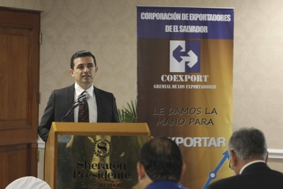 Banco Central continúa divulgación del SCNES con gremiales y sector financiero