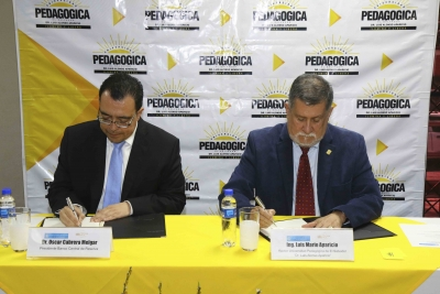 Banco Central firma convenio de cooperación con Universidad Pedagógica de El Salvador