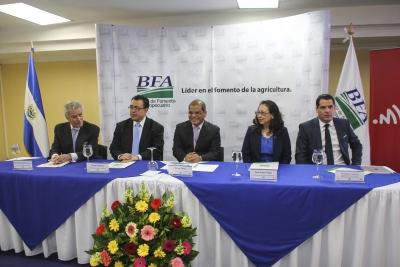 Autoridades de Gobierno junto a Mobile Money firman Alianza para brindar servicios finacieros electrónicos