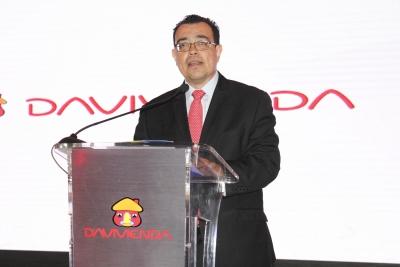"""Presidente BCR Dr. ÓScar Cabrera, particpa como invitado en lanzamiento del Portal""""Mis Finanzas en Casa"""" del Banco Davivienda."""