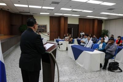 BCR imparte capacitación sobre Funcionamiento económico y metodología de investigación