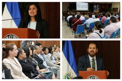 Expositores y público durante el desarrollo de la conferencia REDIBACEN