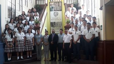 Estudiantes del Colegio Bautista visitaron el Museo y Biblioteca Luis Alfaro Durán