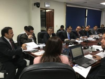Presidente BCR Dr. Óscar Cabrera, expone en la Comisión Financiera de la Asamblea Legislativa
