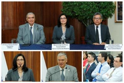 Desarrollo de conferencia REDIBACEN, realizada en el auditorio del Banco Central.